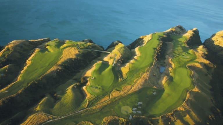 New Zealand's Two Luxury Golf Course's That Need To Be On Your Bucket List