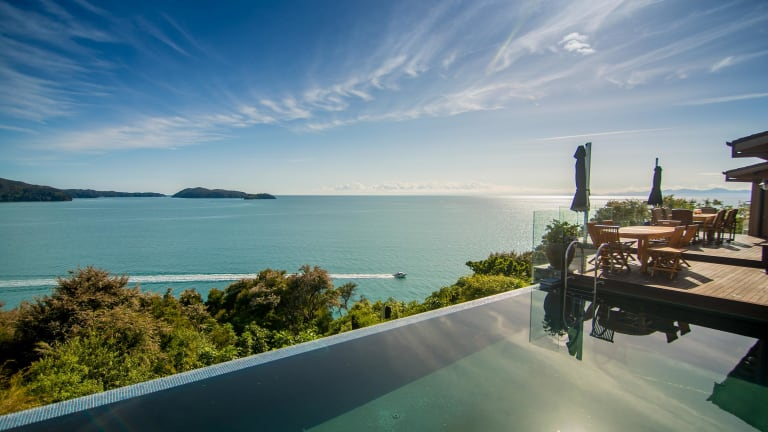 Split Apple Retreat: An Insider's Guide To New Zealand Luxury